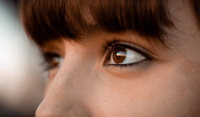 close-up-photo-of-woman-s-eye-3931328
